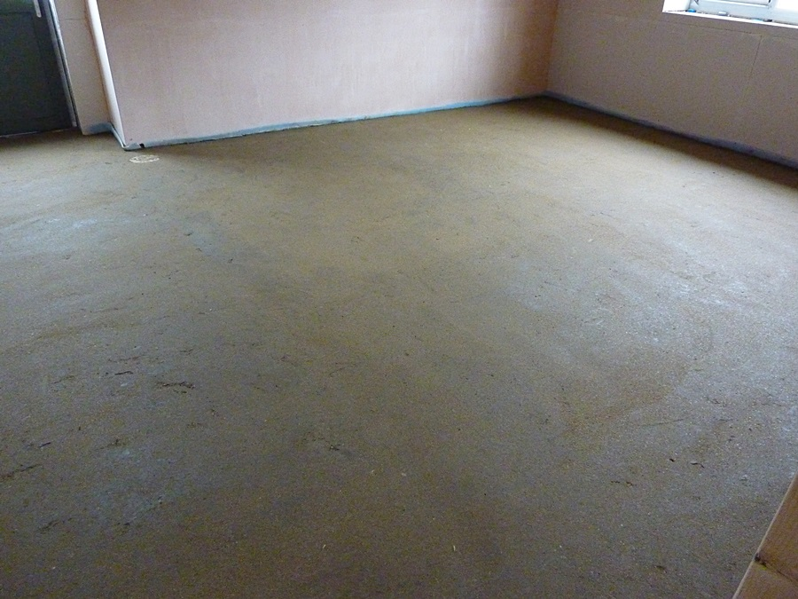 Changing room 1 floor screed