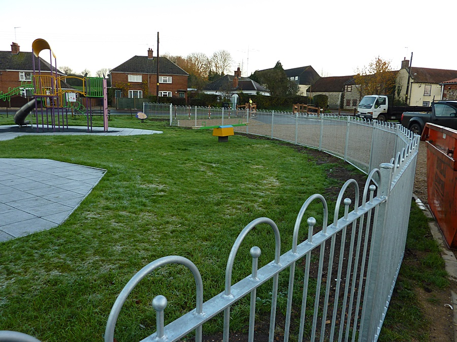 Children's play area fence 7