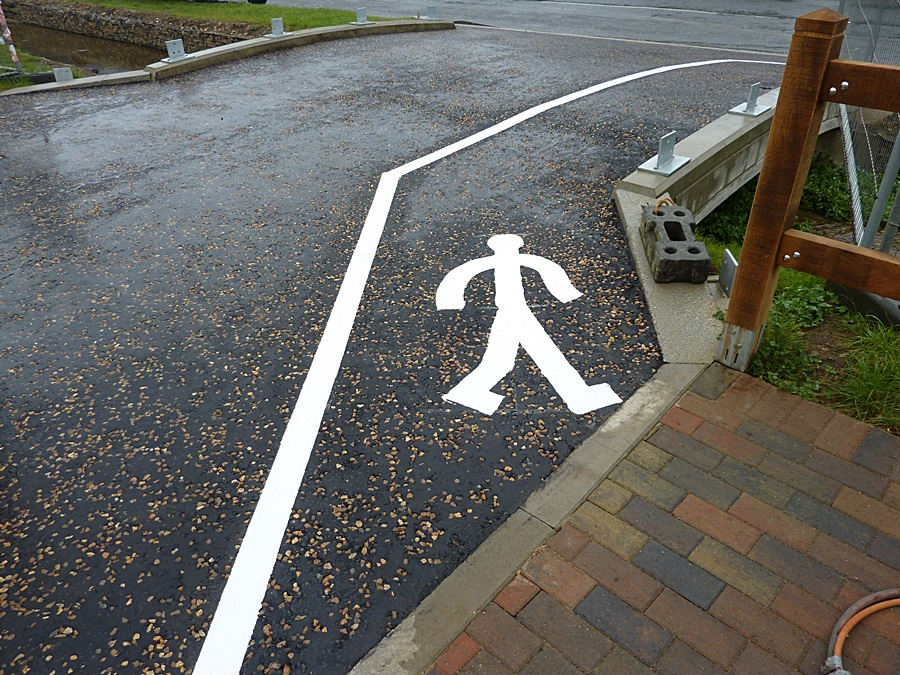 Disabled area markings 3
