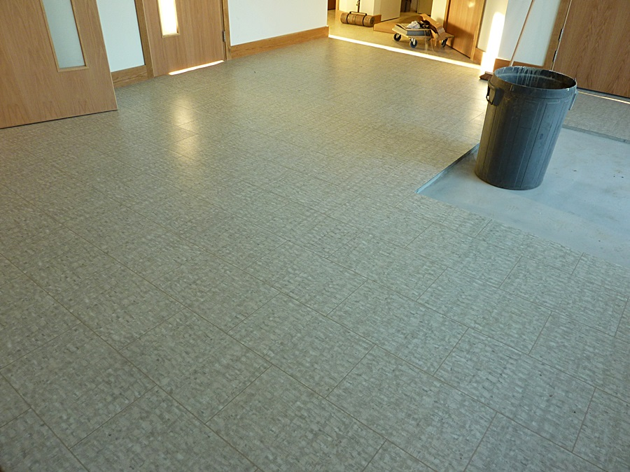 Kitchen vinyl flooring 1