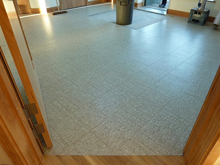 Kitchen vinyl flooring 2